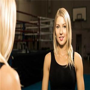 播求绯闻女友征战中国擂台 超级美女还是泰拳冠军